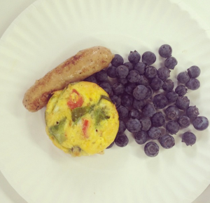 Breakfast was Lindsay's favorite: egg and pepper quiches with blueberries and sausage.